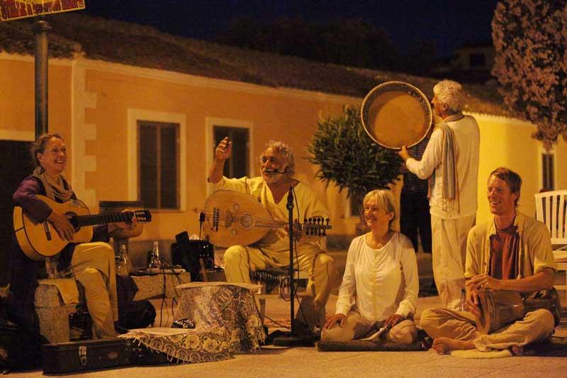 Zum dritten Mal will Ahura ein Konzert auf Sardinien geben