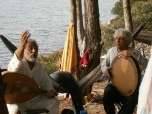 Sufimusik-Session mit AHURA an der Bucht Cala Ginepri