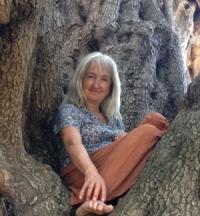 Roshan, Sufi Earth Spirit Sardinia, retratguide and Sufi meditation teacher
