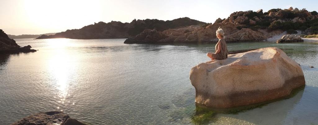 Cala Jami Sufi Earth Spirit Sardegna mediation retreat with roshan